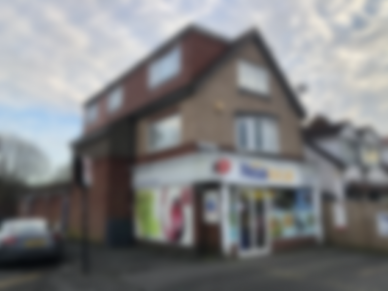 Post Office, Convenience & Off Licence / Sales £18,500