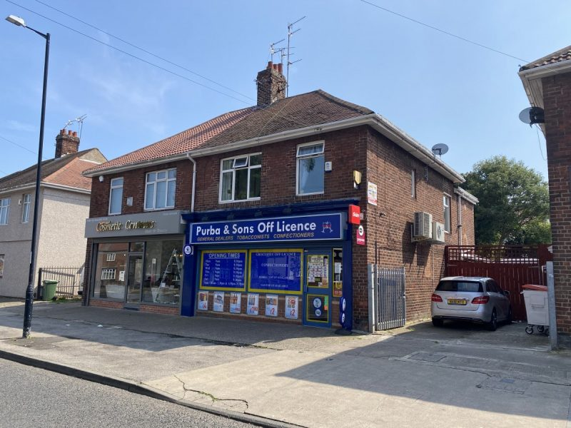 Convenience Store & Beautifully Presented 4 Bed Property